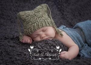 Basket Weave Tassel Hat